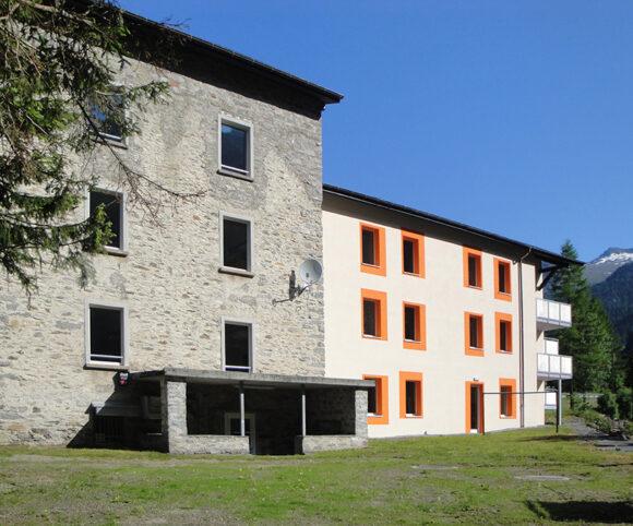 Edificio pubblico Mogno